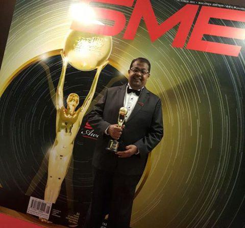 John receives award