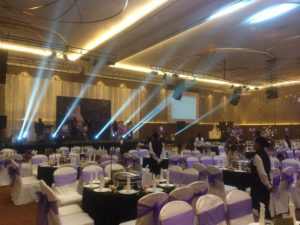Catering_Wedding_Indoor_Amethyst Purple_SetUp_SitDown