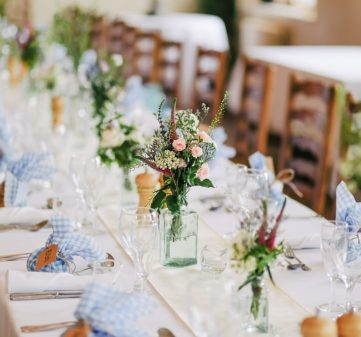 How to Plan Your Wedding with Your Wedding Caterer